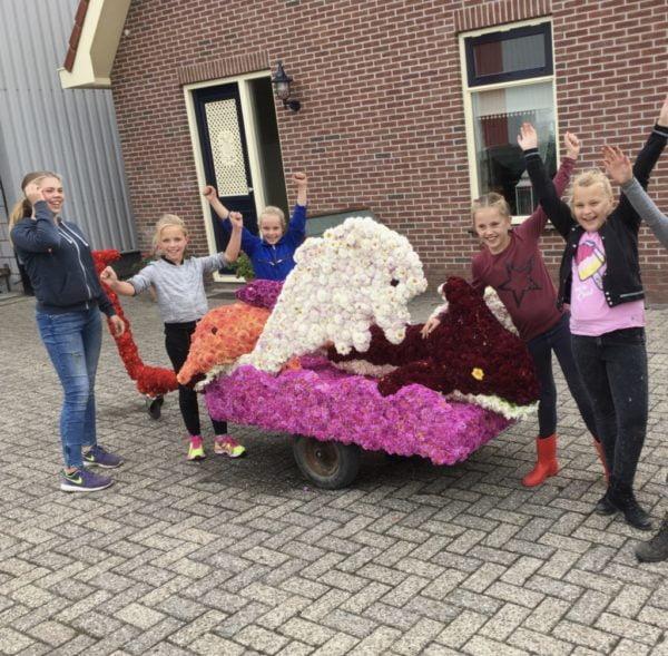 Witte Rook Junior 2018: de wagen voor de kindercorso is af op zaterdagmiddag.